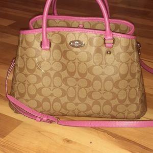 Nwot Coach purse. READ UPDATED 11/16/19